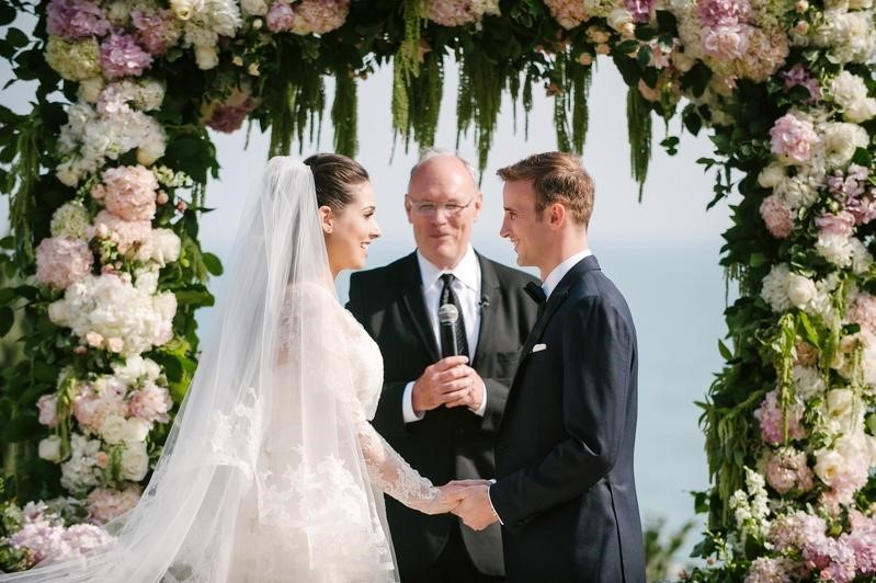 7 Steps to Writing the Amazing Personalized Vows