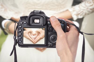 7 Tips On How To Find The Best Wedding Photographer