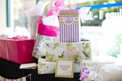 5 Reliable Wedding Gifts Brides Would Love